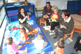 Relais parents assistantes maternelles